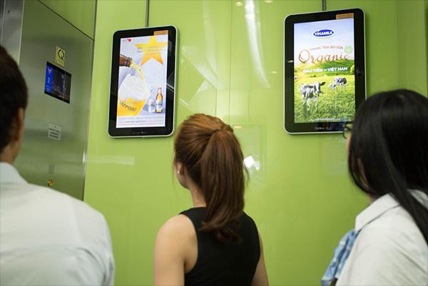 BÁO GIÁ QUẢNG CÁO THANG MÁY TẠI HÀ NỘI (LCD) NĂM 2020